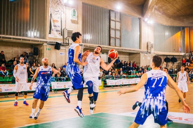 NMC Serie C Silver