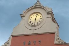 Giornata dei diritti dell'Infanzia, l'orologio del Comune si illumina di verde