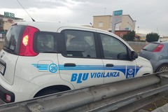 Commando assalto a furgone di sigarette, sequestrate due persone