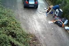 Abbandono dei rifiuti, a Corato arrivano le fototrappole