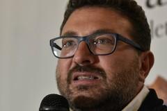 """""""Ecce mondo"""", Nicola Catalano porta il suo libro a Corato"""