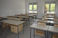 Priorità alla scuola Puglia: «Scuole aperte per combattere i virus»