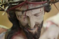 Settimana Santa in zona rossa, le disposizioni di Mons. D'Ascenzo