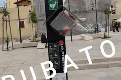 Rubato defibrillatore da Piazza Di Vagno