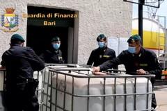 L'alcol di contrabbando sequestrato diventa materia per la produzione di gel igienizzanti