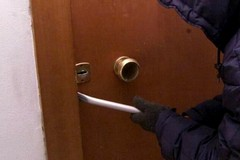 Furto alla scuola Cifarelli, ladri fanno razzia di materiale elettronico