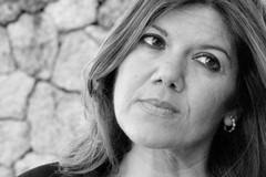 La scrittrice Gabriella Genisi torna a Corato