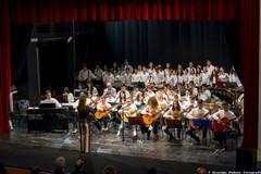 La musica dei più piccoli e la standing ovation per il loro impegno