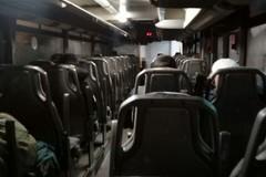 """Ferrotramviaria, la denuncia di un passeggero:""""Piove nei bus"""""""