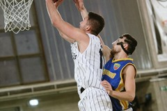 Basket, show della Matteotti. Monteroni demolita