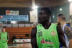 Il Basket Corato punta ancora su Efe Idiaru