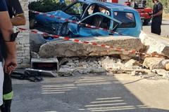 Violento incidente automobilistico su via San Magno