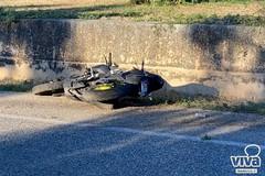 Grave incidente sulla Trani - Corato, tre feriti gravi. Le immagini dello schianto