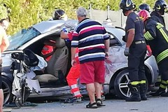 Violento scontro sulla Corato - Bisceglie. Quattro feriti