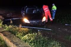Incidente sulla Corato - Trani, auto contro palo