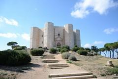 Ottobre a Castel del Monte: visite, aneddoti e quiz per turisti e famiglie
