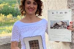 Luciana De Palma sul podio del Premio Letterario L'iguana