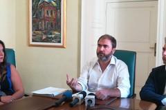 Mazzilli non lascia, ma la crisi amministrativa resta