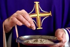 """Don Mauro Di Benedetto spiega """"I segni liturgici del tempo di Quaresima"""""""