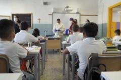 Monitoraggio Covid nelle scuole e terza dose di vaccino, l'andamento in Puglia
