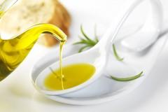 Effetto Covid, oltre 60 milioni di litri di olio EVO pugliese invenduto