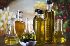 Extravergine di oliva, crollo dell'export. Verso la Puglia prevalentemente olio spagnolo