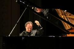 Il virtuosismo di Pasquale Iannone in scena al Teatro Comunale di Corato