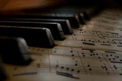 Lutto per un musicista, rinviato il concerto di apertura del Festival Pianistico Città di Corato