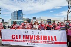 Anche i fotografi di Corato al sit-in di protesta a Bari