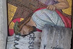 In pericolo i mosaici della via per il cimitero