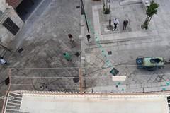 Pulizia straordinaria in Piazza Di Vagno, ma ci avevano già pensato i residenti meno di un mese fa