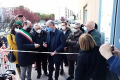 L'assessore Lopalco inaugura il centro vaccinale di Corato