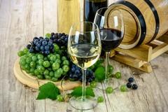 Crisi economica, al banco dei pegni anche vino, olio e formaggi