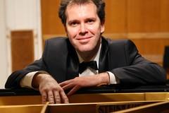 Il grande pianista Yuri Bogdanov in concerto per il Festival Pianistico Città di Corato