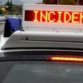 Brutto incidente sulla SP 231, auto si schianta contro un cancello