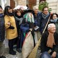 La Befana arriva in Piazza Sedile... nonostante il freddo
