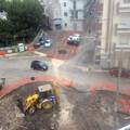 Piazza XI Febbraio, residenti e commercianti: «Si sospendano i lavori e ci si incontri per discutere»