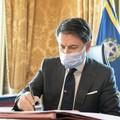 Coprifuoco e zone bianche, Conte firma il nuovo Dpcm
