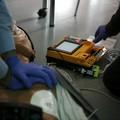 Vandali in azione, presa di mira la colonnina di un defibrillatore