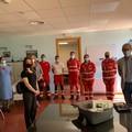 Un ventilatore polmonare all'ospedale di Corato dalla Croce Rossa