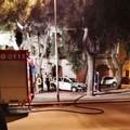 Auto in fiamme in Piazza Parini