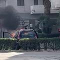 Auto prende fuoco su viale Cadorna