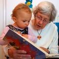 Nonni e nipoti alle prese con il Giardino della Creatività