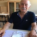 Nonno Domenico, a 83 anni sui banchi di scuola