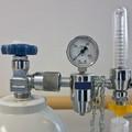 Ossigeno liquido prescrivibile e gratuito a tutti i malati di Covid-19