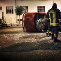 Violento incidente su viale Ettore Fieramosca, auto si ribalta