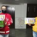 """""""Scuola per tutti"""", la Croce Rossa consegna materiale scolastico alla Caritas di Corato"""