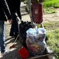 Volontari dal cuore verde ripuliscono Piazza Buonarroti