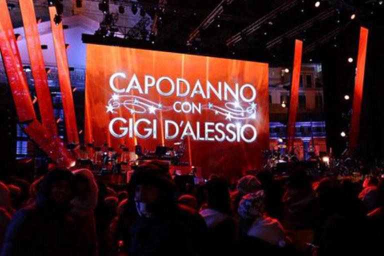 Gigi D'Alessio e Anna Tatangelo, fan delusi: vacanze e festività sperati?