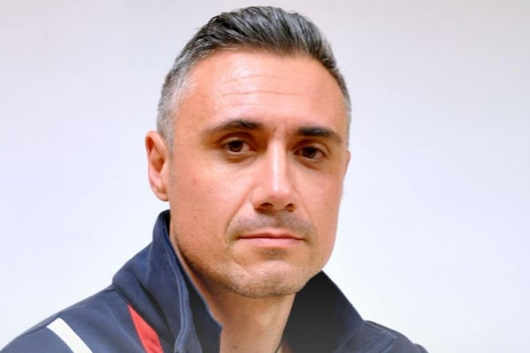 Coach Giovanni Gesmundo